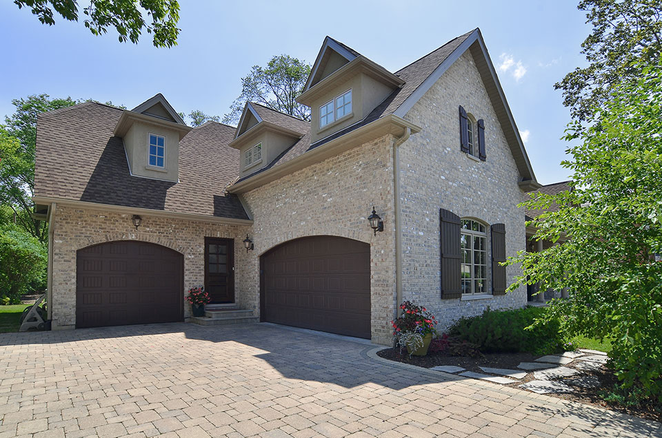 2315-Dewes - House-Garage - Globex Developments Custom Homes