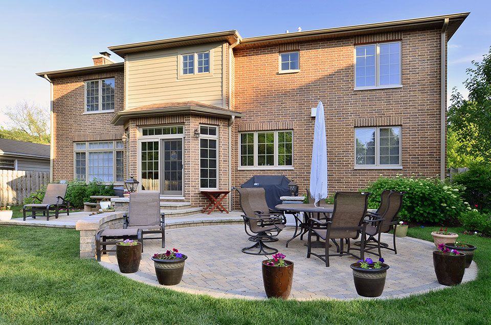 2340-Dewes - House-Backyard - Globex Developments Custom Homes