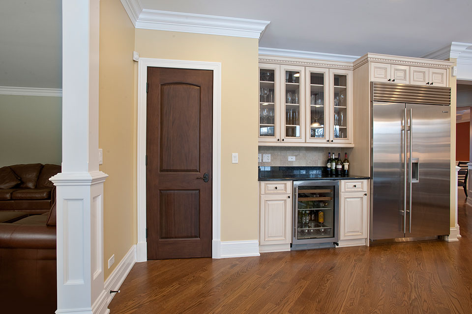2340-Dewes - Kitchen-WineCellar - Globex Developments Custom Homes