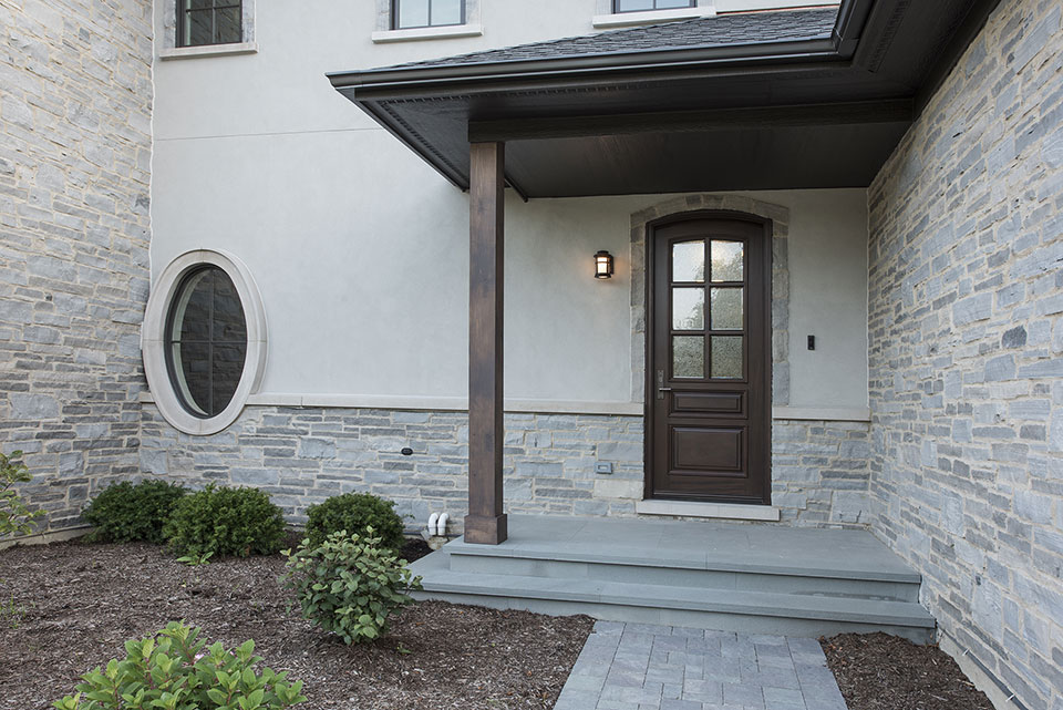 2354-Wood-Drive-Northbrook - DB-652W-Single-Arch-Top-Front-Door-Mudroom-Entrance - Globex Developments Custom Homes