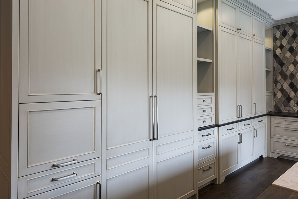 2354-Wood-Drive-Northbrook - Kitchen Custom Paint-Grade Cabinets - Globex Developments Custom Homes