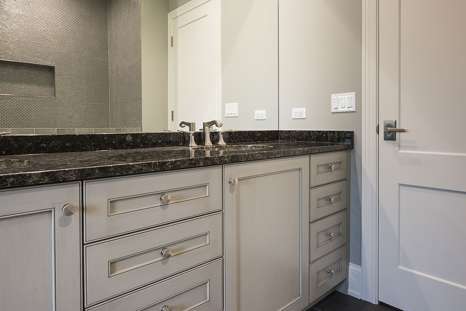 2354-Wood-Drive-Northbrook - Vanity-Bathroom - Globex Developments Custom Homes