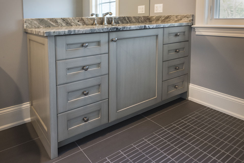 2354-Wood-Drive-Northbrook - Vanity Small Bathroom - Globex Developments Custom Homes