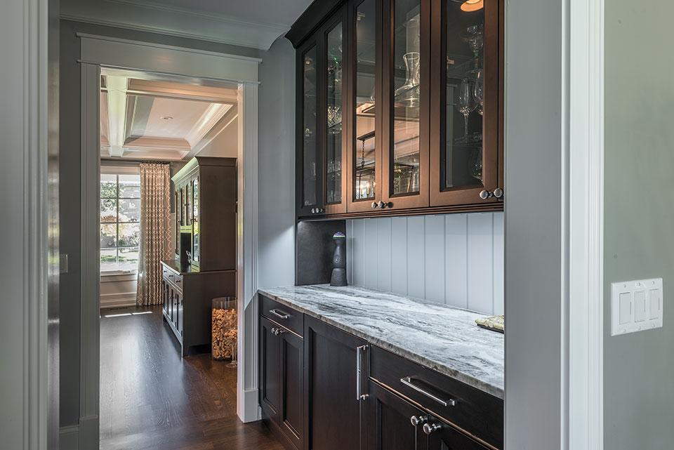 2430-Fir-St-Glenview - Butlers Bar, Dining Room View - Globex Developments Custom Homes