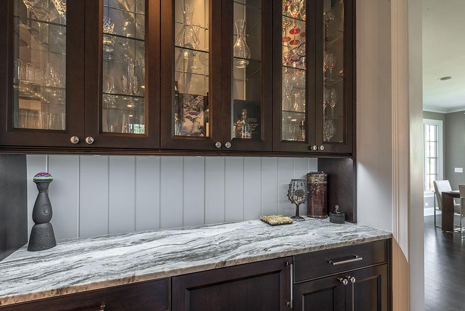 2430-Fir-St-Glenview - Butlers Bar close-up - Globex Developments Custom Homes
