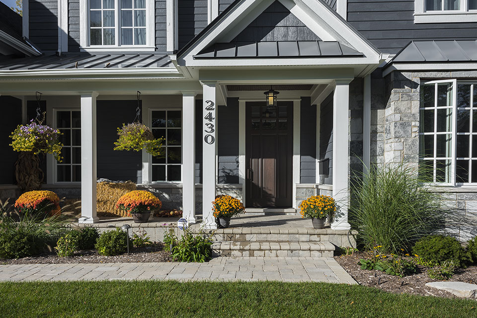 2430-Fir-St-Glenview - Entrance,-Front-Door - Globex Developments Custom Homes