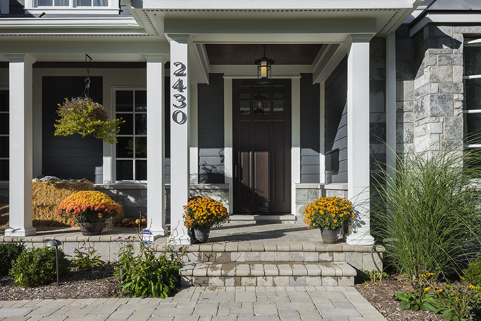 2430-Fir-St-Glenview - Front-Door,-Exterior - Globex Developments Custom Homes