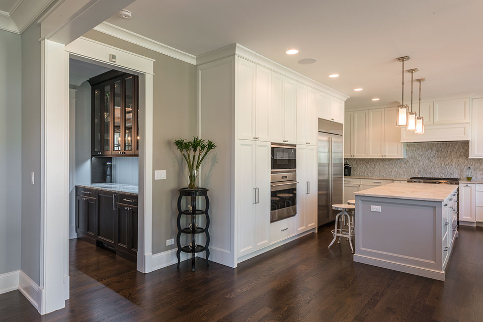 2430-Fir-St-Glenview - Kitchen,-Butlers-Bar - Globex Developments Custom Homes