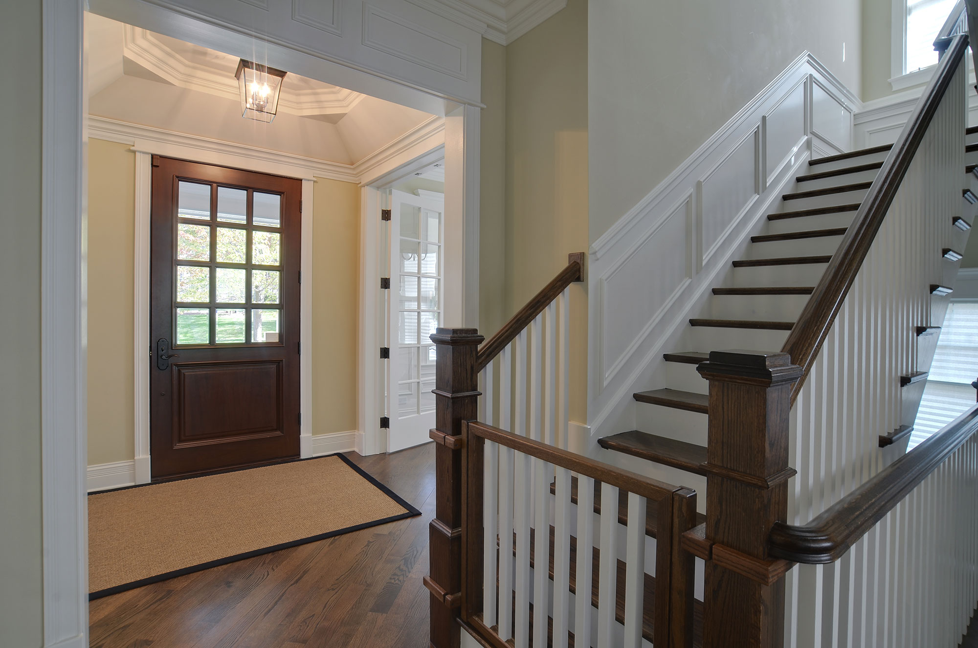 30 S. Bruner Custom Home Photo Gallery : stair door - pezcame.com