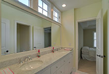 30-S-Bruner-Hinsdale - Bathroom - Globex Developments Custom Homes