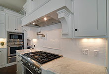 30-S-Bruner-Hinsdale - Kitchen-Backsplash - Globex Developments Custom Homes