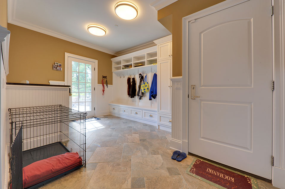 304-McArthur-Mt-Prospect - Mudroom - Globex Developments Custom Homes