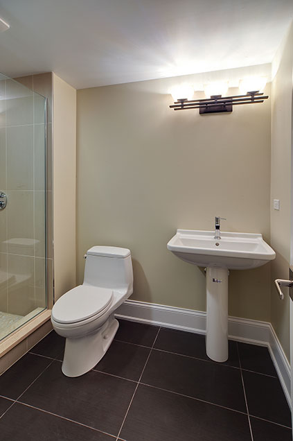 304-McArthur-Mt-Prospect - basement-bathroom - Globex Developments Custom Homes