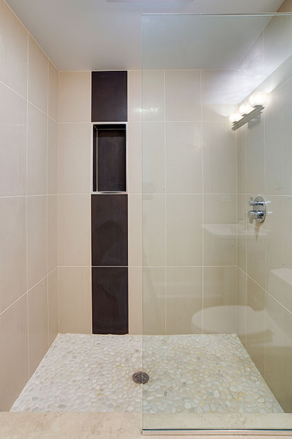 304-McArthur-Mt-Prospect - basement-shower - Globex Developments Custom Homes