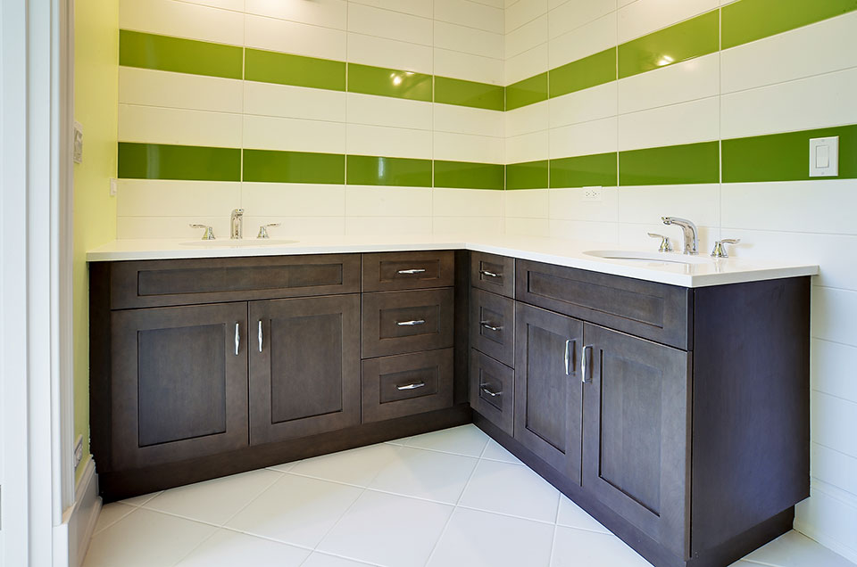 304-McArthur-Mt-Prospect - bathroom-cabinets - Globex Developments Custom Homes
