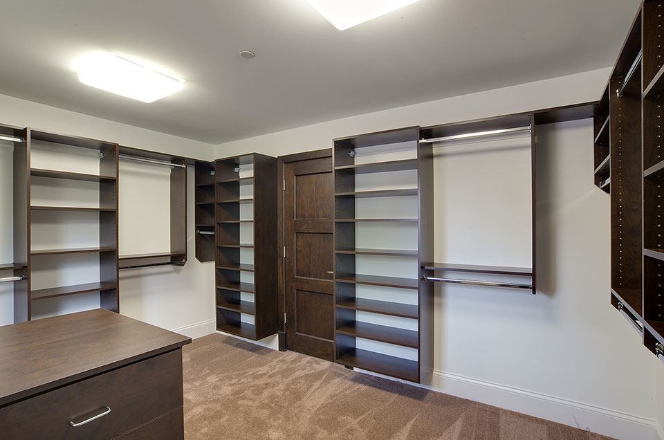 304-McArthur-Mt-Prospect - master-closet - Globex Developments Custom Homes