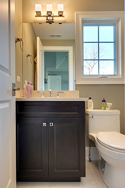 305-Neva-Glenview - Child-Bathroom-Detail - Globex Developments Custom Homes