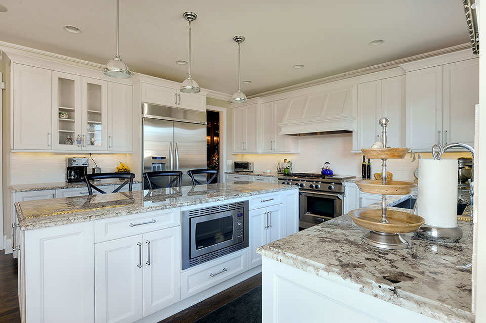 305-Neva-Glenview - Kitchen-Cabinets - Globex Developments Custom Homes