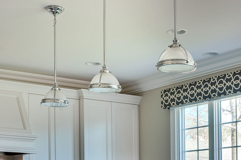 305-Neva-Glenview - Kitchen-Lights - Globex Developments Custom Homes