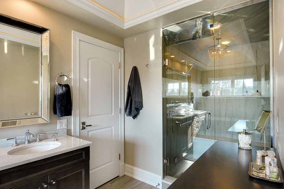 305-Neva-Glenview - Master-Bathroom - Globex Developments Custom Homes