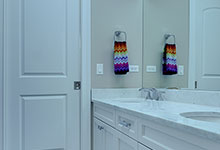 305-Neva-Glenview - JackJill Bathroom - Globex Developments Custom Homes