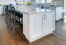 305-Neva-Glenview - Kitchen Island - Globex Developments Custom Homes