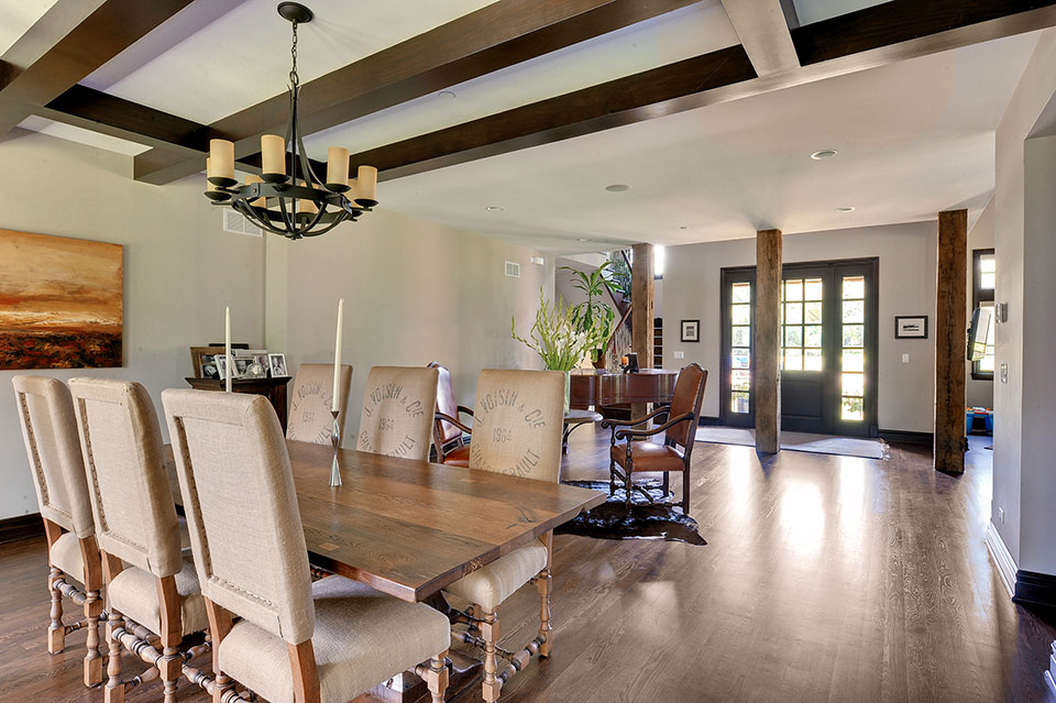 316-Luthin-Oak-Brook - Dining-Room-Entry - Globex Developments Custom Homes
