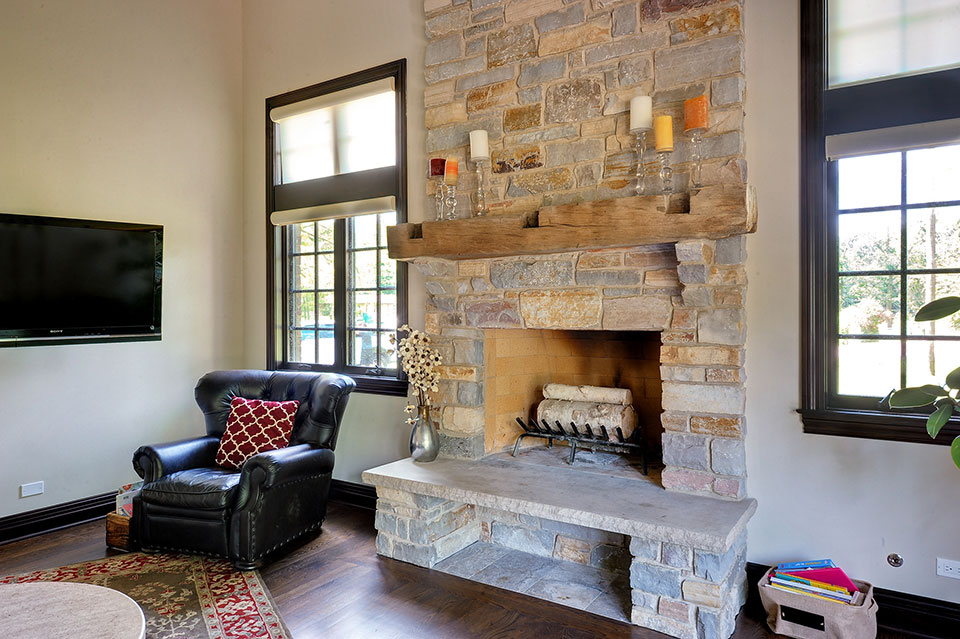 316-Luthin-Oak-Brook - Family-Room-Fireplace - Globex Developments Custom Homes