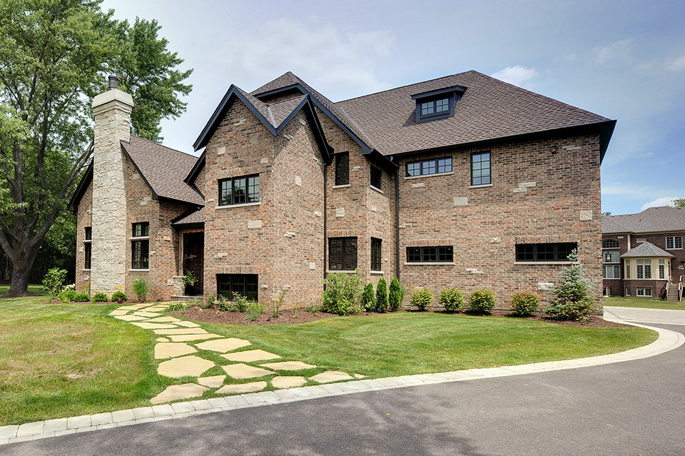 316-Luthin-Oak-Brook - House-Angle-View - Globex Developments Custom Homes