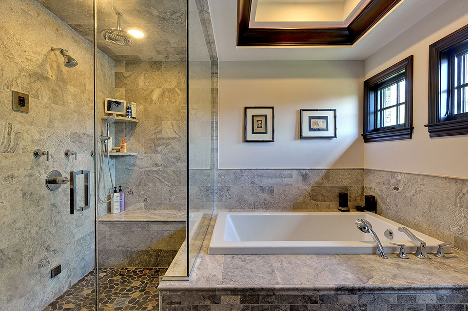 316-Luthin-Oak-Brook - Master-Bathroom-View - Globex Developments Custom Homes