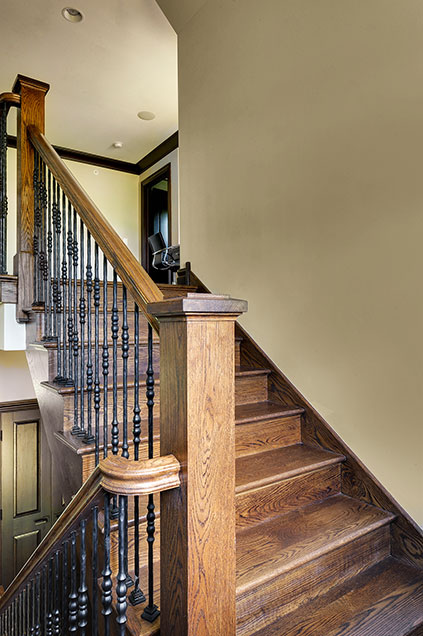 316-Luthin-Oak-Brook - Staircase - Globex Developments Custom Homes