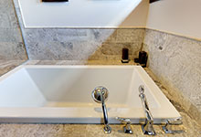 316-Luthin-Oak-Brook - Master Bathroom detail - Globex Developments Custom Homes