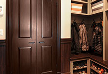 316-Luthin-Oak-Brook - Mudroom Door - Globex Developments Custom Homes