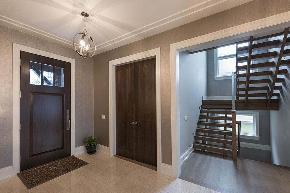 326-Country - Front Door, Stairs - Globex Developments Custom Homes