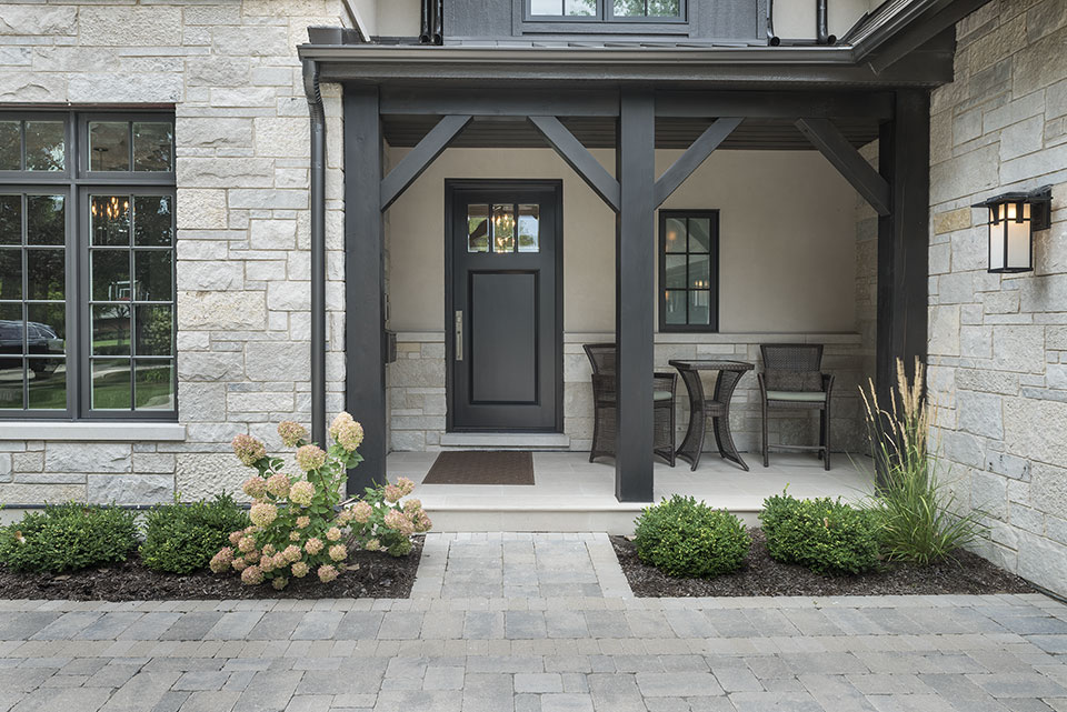 326-Country - Front-Door-Exterior - Globex Developments Custom Homes