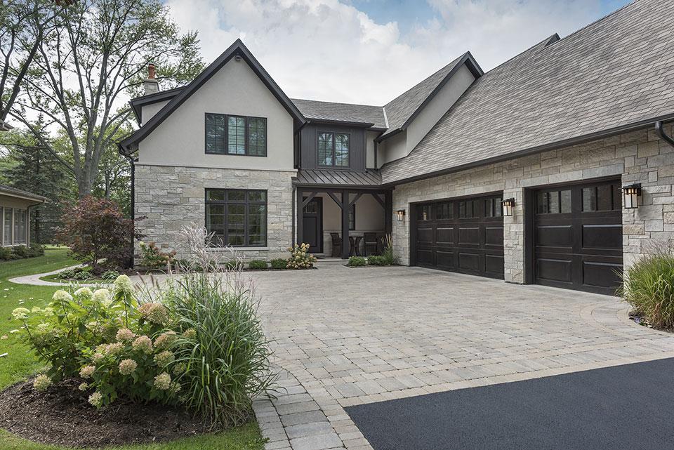 326-Country - Front Elevation, Garage Doors - Globex Developments Custom Homes