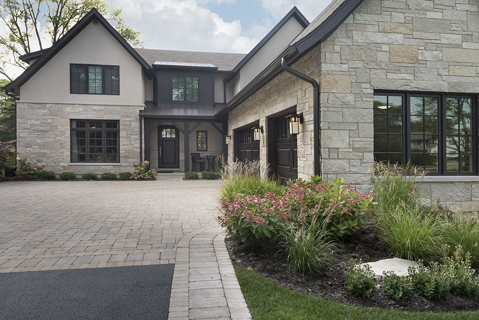 326-Country - House Front - Globex Developments Custom Homes