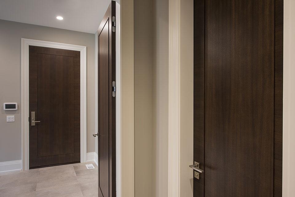 326-Country - Interior Doors, Way to Mudroom - Globex Developments Custom Homes