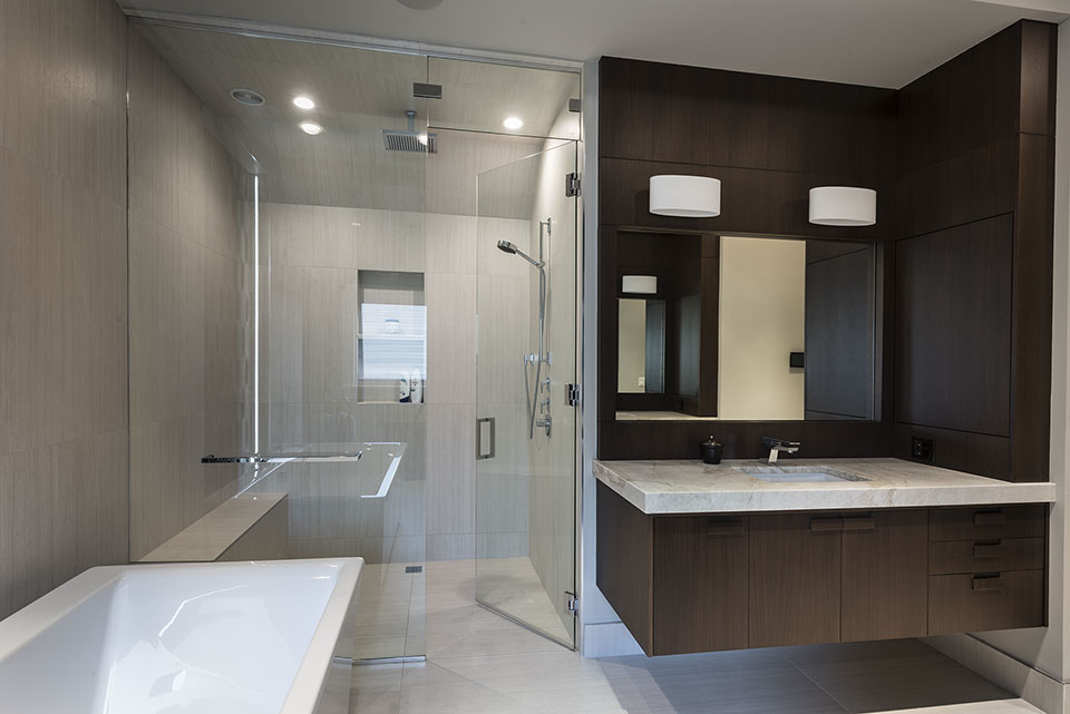 326-Country - Master-Bathroom-Shower - Globex Developments Custom Homes