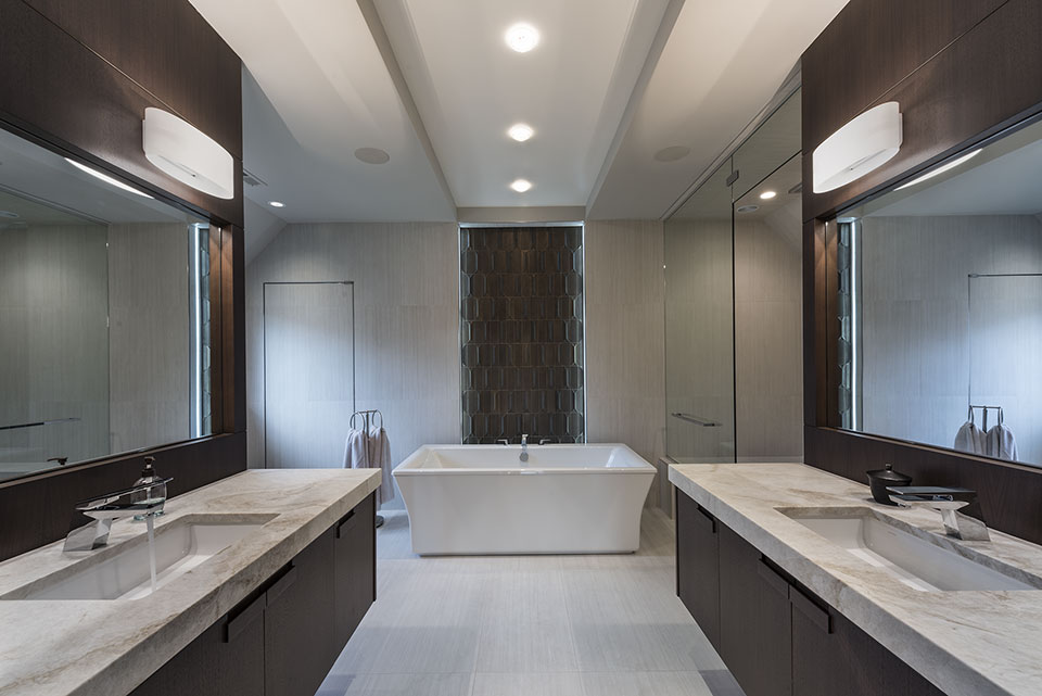 326-Country - Master-Bathroom - Globex Developments Custom Homes