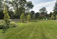 326-Country - Backyard Landscaping - Globex Developments Custom Homes