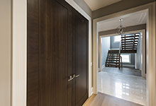 326-Country - Closet Double Door Modern Style - Globex Developments Custom Homes