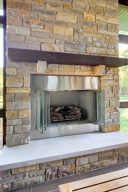 803-Solar-Glenview - Fireplace-Detail - Globex Developments Custom Homes
