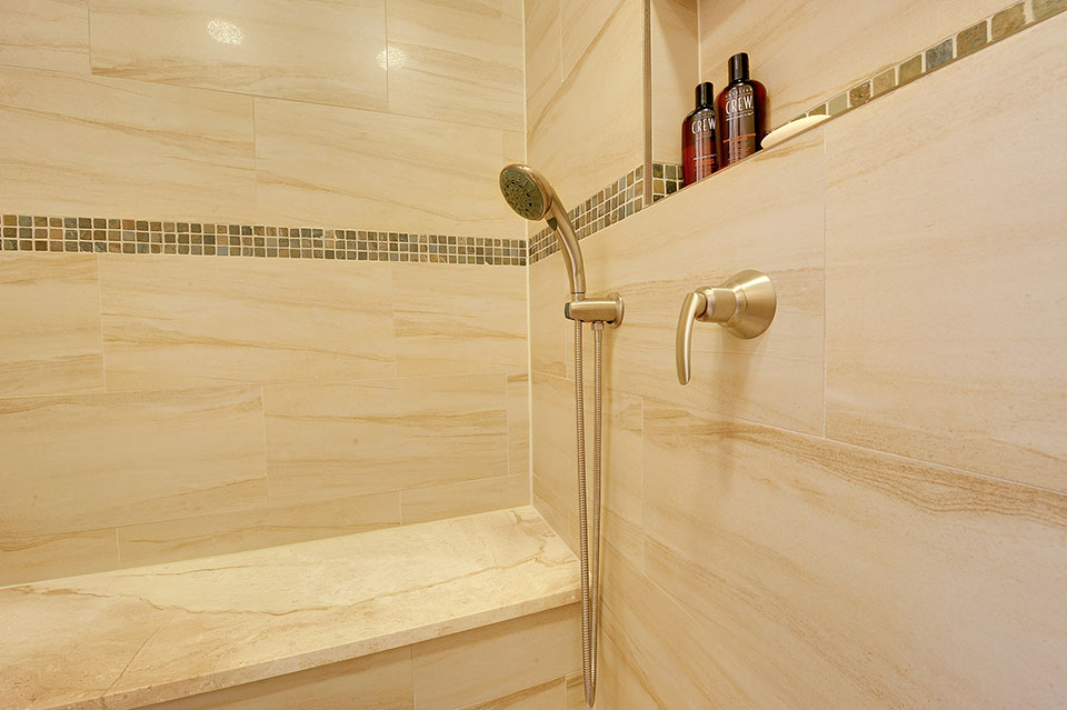 803-Solar-Glenview - Shower-Detail - Globex Developments Custom Homes