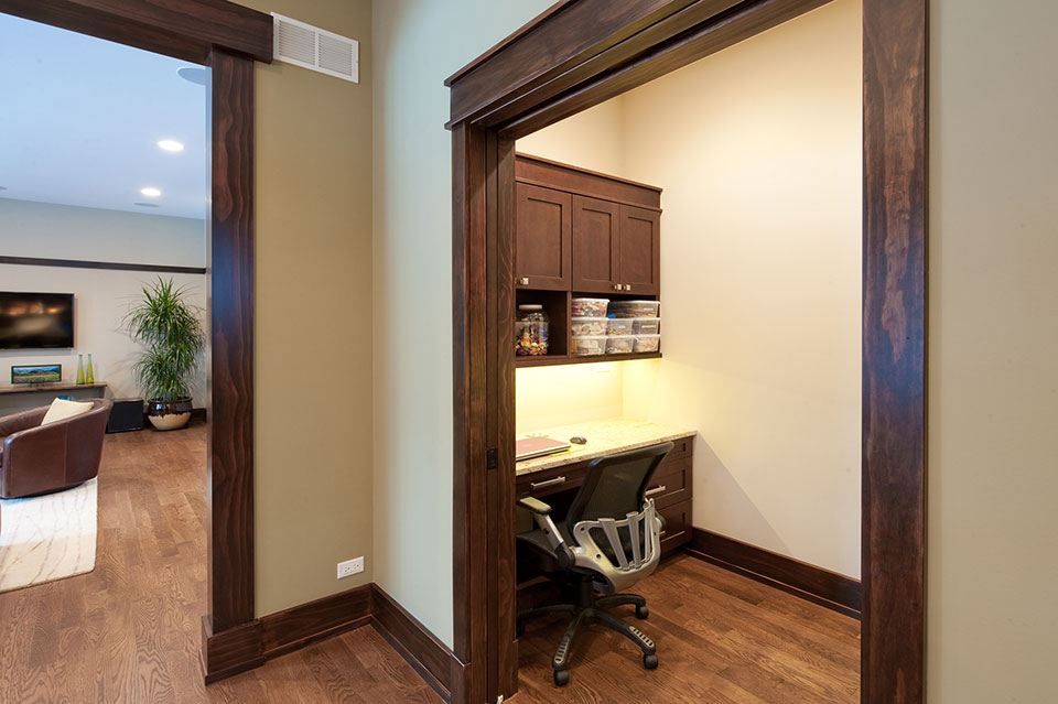 803-Solar-Glenview - Side-Office-Entry - Globex Developments Custom Homes