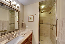 803-Solar-Glenview - Master Bathroom. Shower Entry - Globex Developments Custom Homes