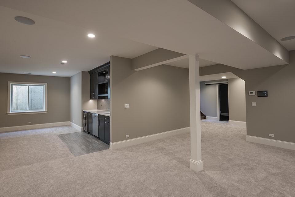 825-Lenox-Glenview - Basement Kitchen View - Globex Developments Custom Homes