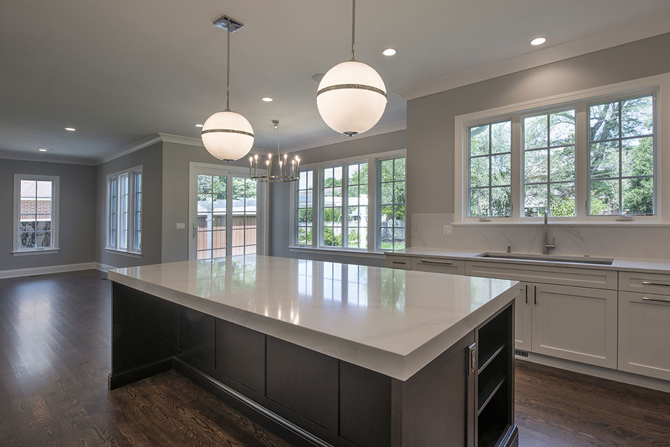 825-Lenox-Glenview - Kitchen Island, Window View - Globex Developments Custom Homes