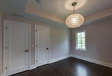 825-Lenox-Glenview - Girl Bedroom, Paint Grade Doors - Globex Developments Custom Homes