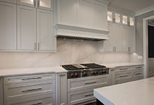 825-Lenox-Glenview - Stove, Backspalsh - Globex Developments Custom Homes